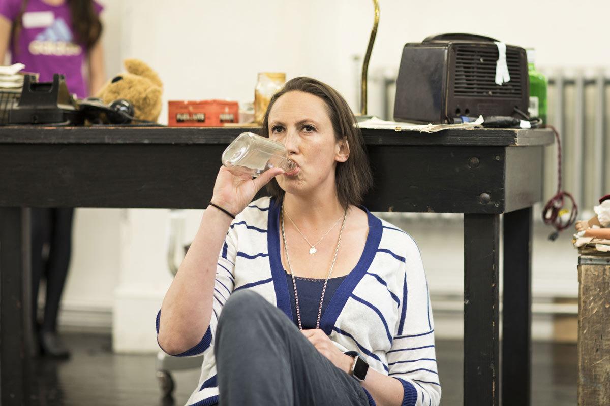 PHOTOS: Miranda Hart in Annie rehearsals Tickets | London ...