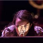 Kate O'Flynn as Laura. Photo: Johan Persson