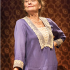 Cherry Jones as Amanda. Photo by Johan Persson