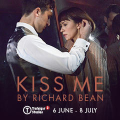 Book Kiss Me Tickets