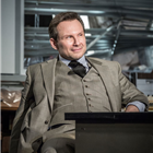 Christian Slater (Ricky Roma) in Glengarry Glen Ross at The Playhouse, London. Credit: Marc Brenner