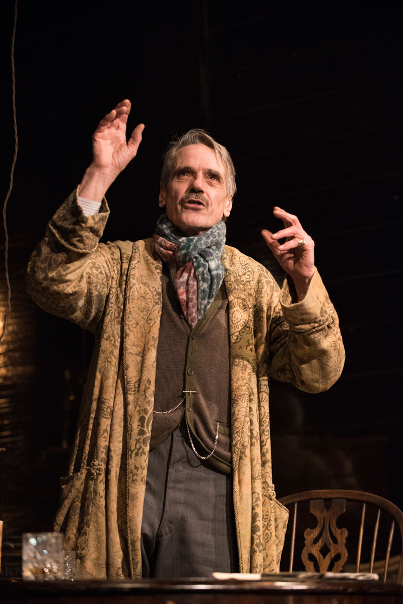 long day's journey into night Long day's journey into night overview - the best broadway source for long day's journey into night tickets and long day's journey into night.